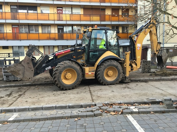Bontás és építési terület előkészítése